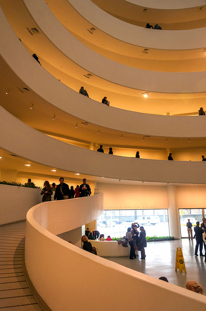 Guggenheim Museum by frank lloyd wright in New York